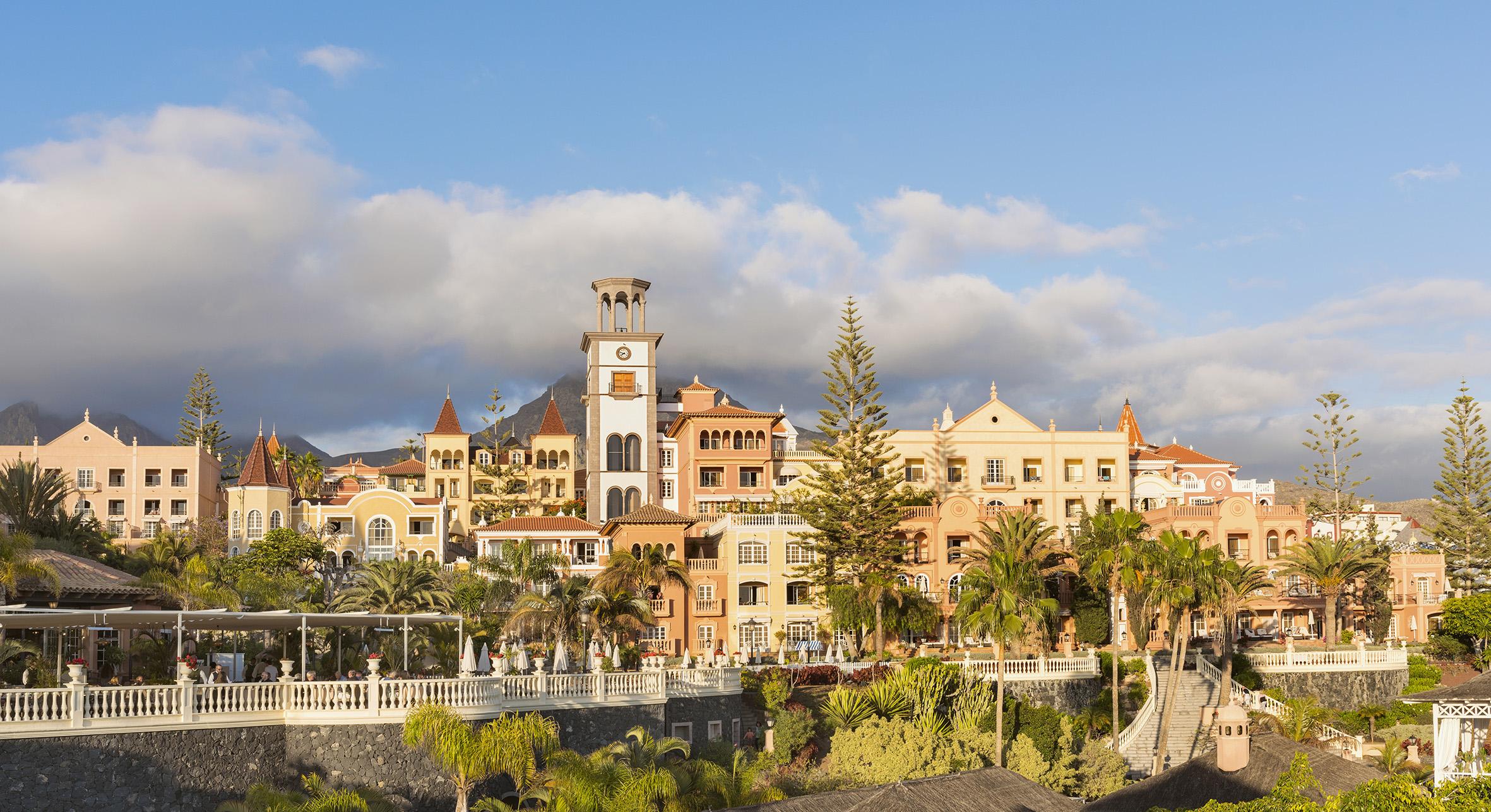 Hotel Bahía del Duque Prensa