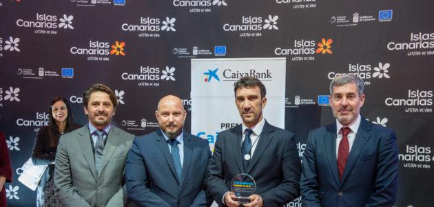 Bahía del Duque recibe en FITUR el premio CaixaBank  de innovación y modernización de empresas turísticas